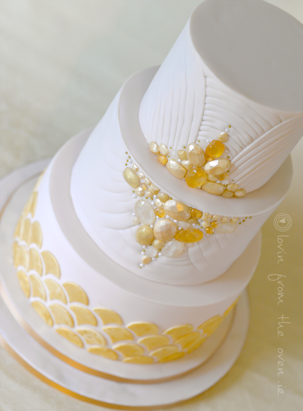 Art-Deco-Siobhan-Wedding-Cake-Angle