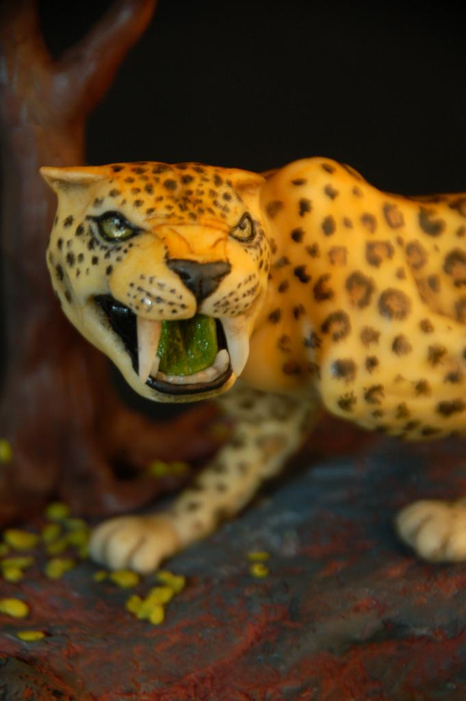 leopard-2_b